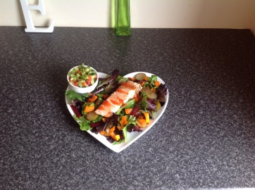 Sweet chilli salmon, salsa and salad